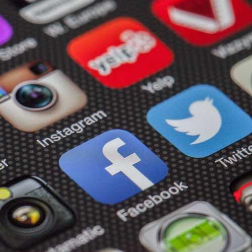 Experiencia de Usuario y Atención al Cliente en Redes Sociales