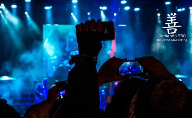 Crear experiencias que los asistentes a la feria quieran compartir en redes sociales